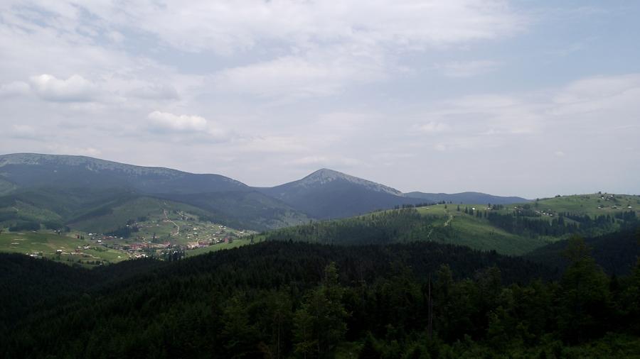 Недалеко от перевала в 35 км от яремче